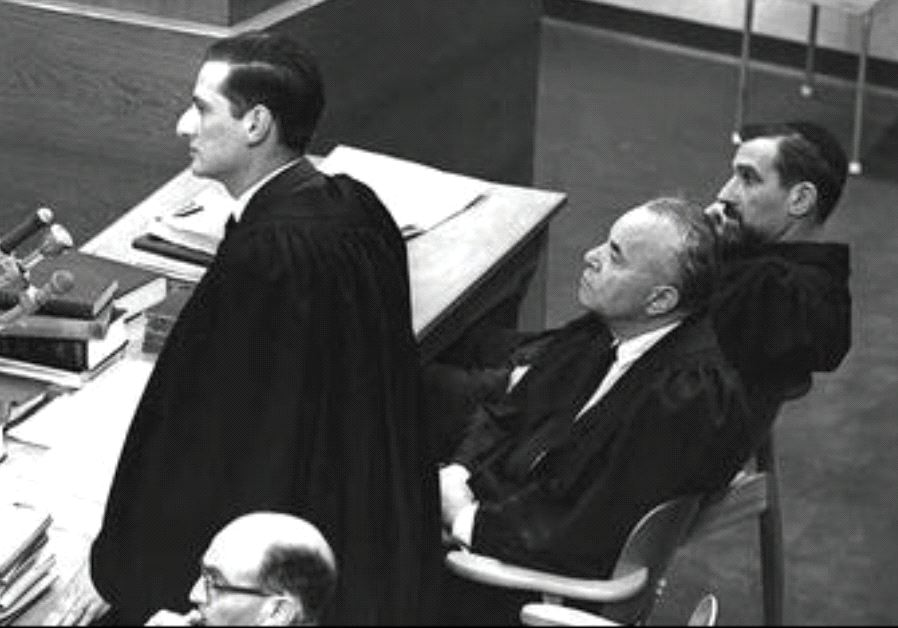 Prosecutor Gabriel Bach speaks at Nazi war criminal Adolf Eichmann's trial in Jerusalem in 1981 (Wikimedia Commons)