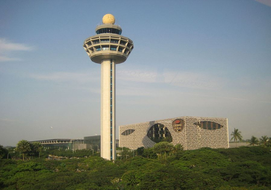 Singapore's Changi Airport‏ (LARS CURFS/WIKIMEDIA COMMONS)