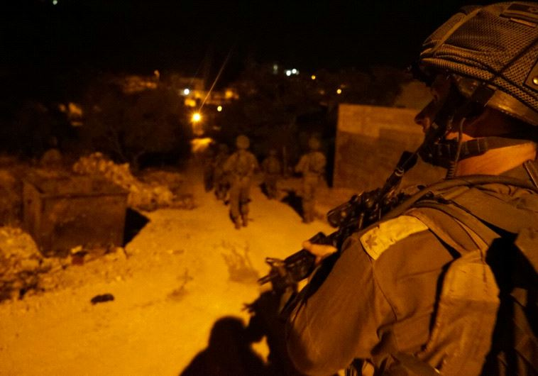 IDF forces raid terrorist's home. (Credit: IDF Spokesperson's Unit)