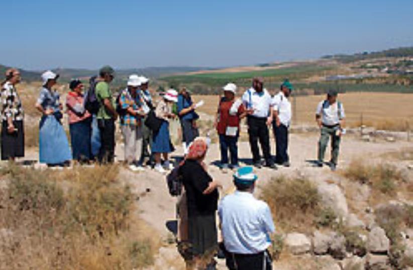 SUN CITY - The Tanach tour of Beit Shemesh. (photo credit: Abe Selig)