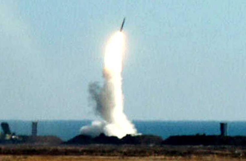 S-300 anti-aircraft missile (photo credit: REUTERS)