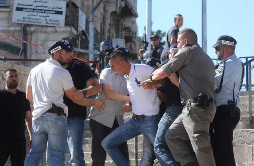 Clashes in Jerusalem (photo credit: MARC ISRAEL SELLEM/THE JERUSALEM POST)