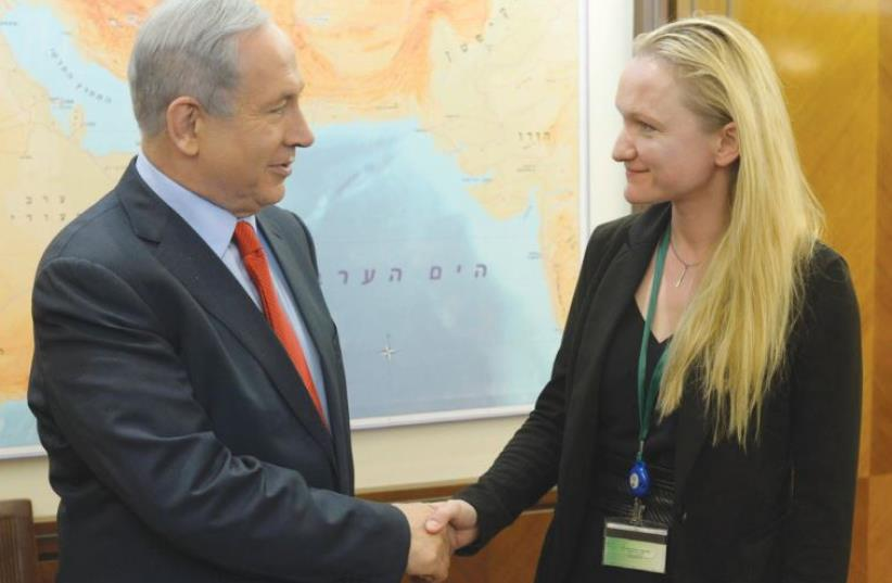 PRIME MINISTER Benjamin Netanyahu meets Wikimedia Foundation executive director Lila Tretikov (photo credit: GPO)