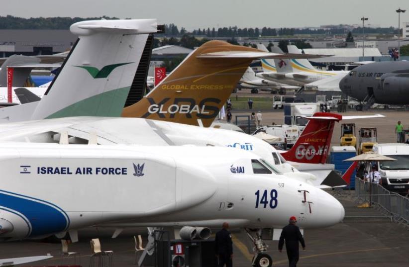 An IAF jet on display at the 2009 Paris Air Show (photo credit: REUTERS)