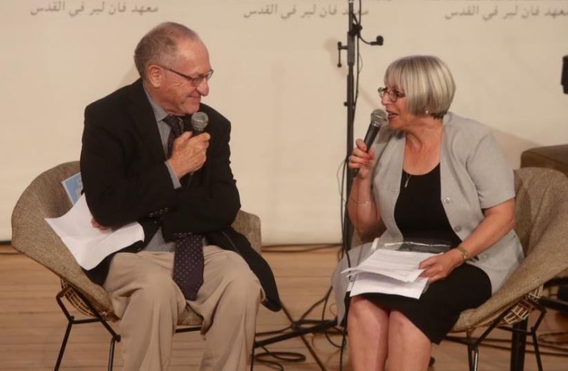 International Jerusalem Post editor Liat Collins interviews Prof. Alan Dershowitz (photo credit: MARC ISRAEL SELLEM)