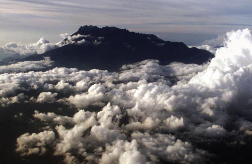 MOUNT KINABALU is a prominent peak on the island of Borneo. (photo credit: REUTERS)