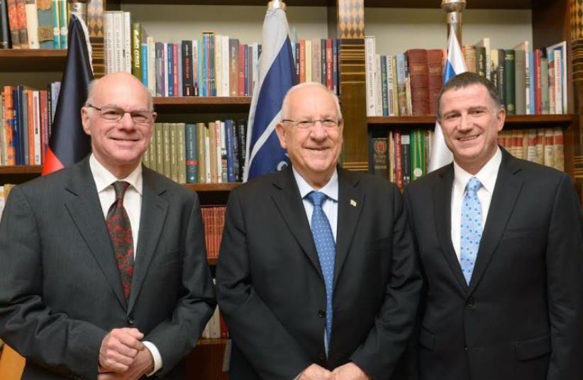 (l-r) Bundestag President Norbert Lammert, President Reuven Rivlin and Knesset Speaker Yuli Edelstein (photo credit: MARK NAYMAN)