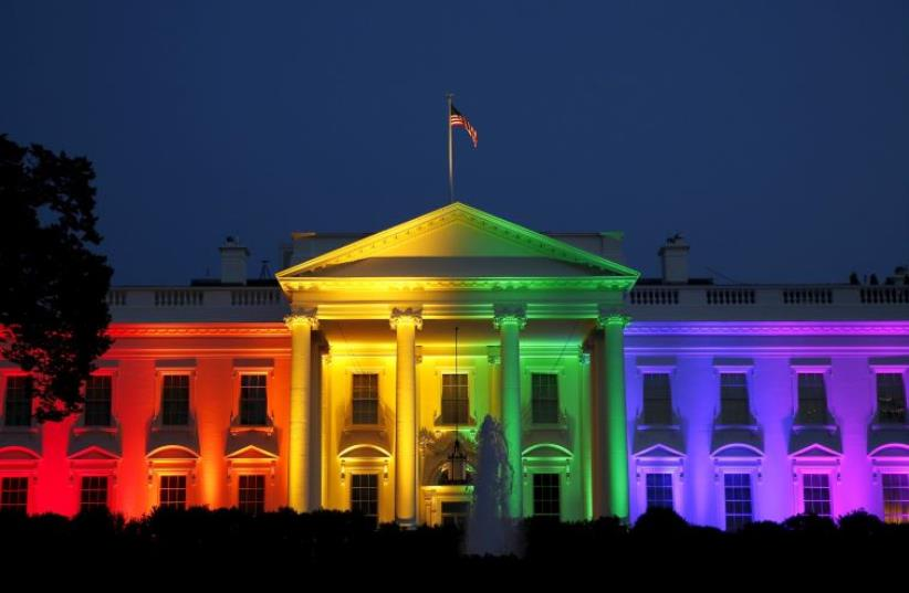 White House lights up after gay marriage ruling (photo credit: REUTERS)