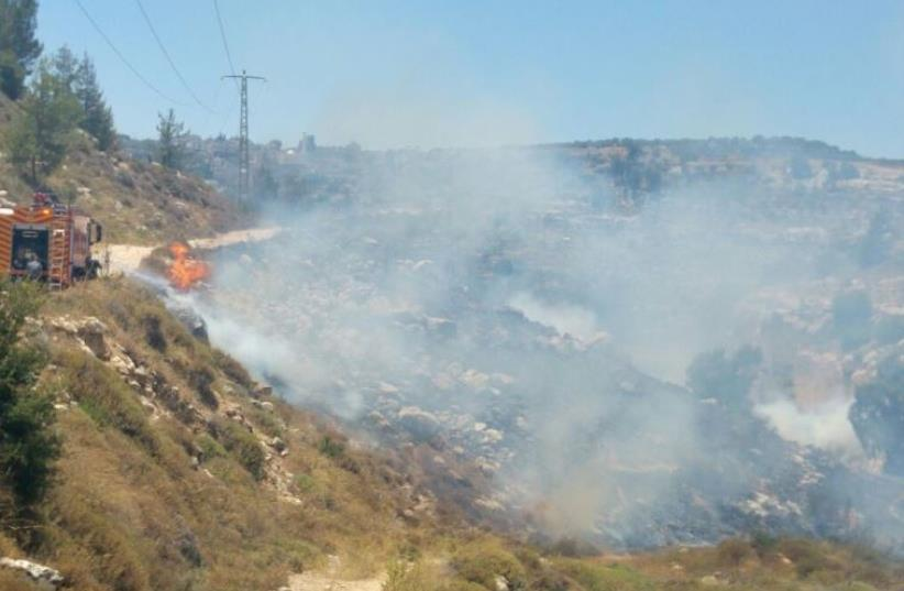 Forest fire possibly started by Arson in Jerusalem  (photo credit: JERUSALEM FIRE DEPARTMENT)