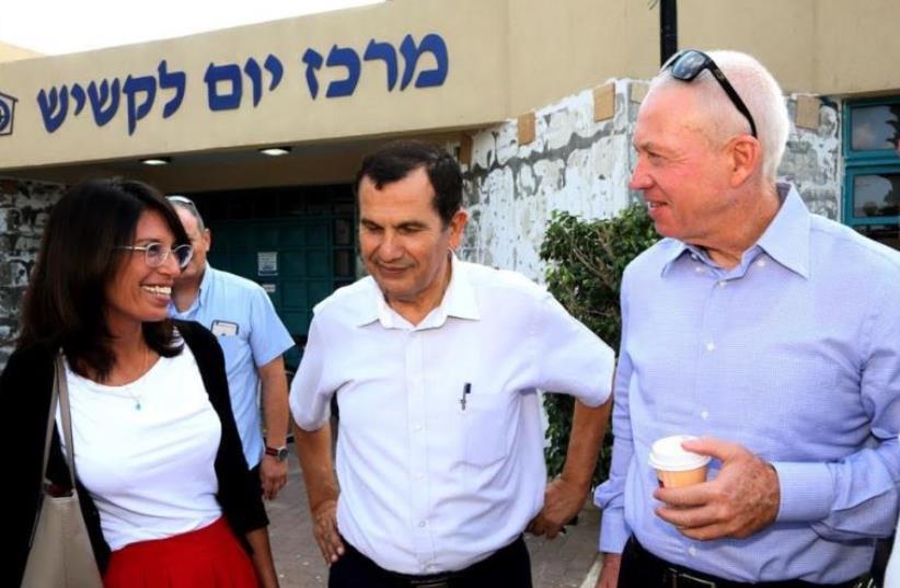 Yoav Galant's spokeswoman Nira Yadin, Or Akiva Mayor Yaakov Ederi,  and Housing Minister Yoav Galant. (photo credit: SASSON TIRAM)