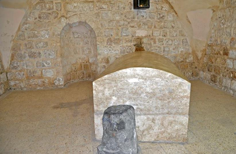 Tomb of Josef, Nablus (photo credit: MEIR ROTTER/WIKIMEDIA COMMONS)