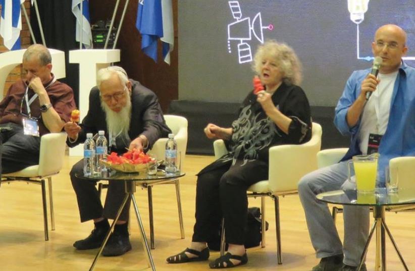 PROF. AARON CIECHANOVER, Prof. Robert (Yisrael) Aumann and Prof. Ada Yonath seen here with television presenter Gil Hovav (photo credit: JUDY SIEGEL-ITZKOVICH)