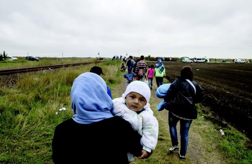 Réfugiés sur les routes (photo credit: REUTERS)