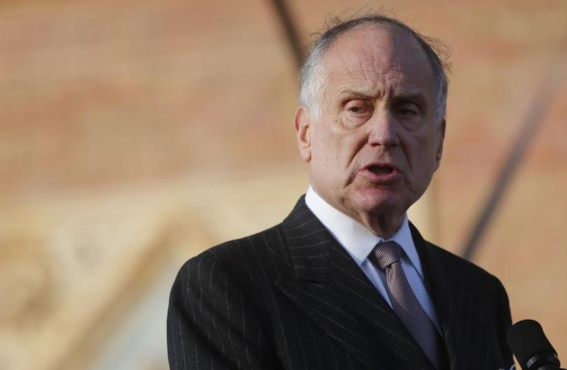 """World Jewish Congress President Ronald S. Lauder addresses participants in the annual """"March of the Living"""" in Budapest  (photo credit: REUTERS)"""