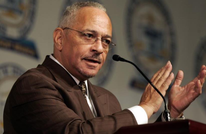 Rev. Jeremiah Wright Jr. gives the keynote address at the 2008 NAACP Freedom Fund dinner in Detroit (photo credit: REUTERS)