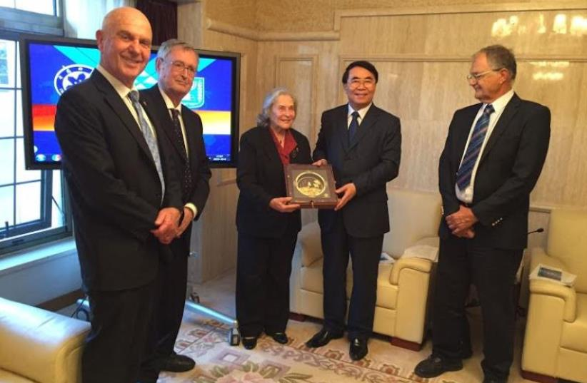 Prof. Ruth Arnon and counterpart Chunli Bai in Beijing, China (photo credit: ISRAEL ACADEMY OF SCIENCES AND THE ARTS)