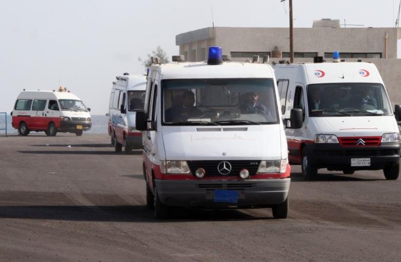 Egyptian ambulances [File] (photo credit: REUTERS)