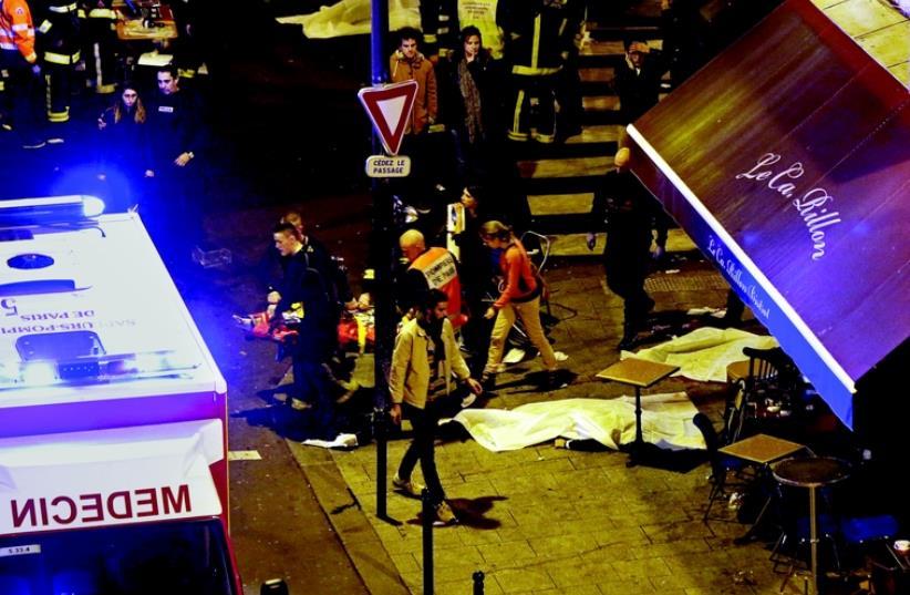 Attentats meurtriers en plein Paris (photo credit: REUTERS)