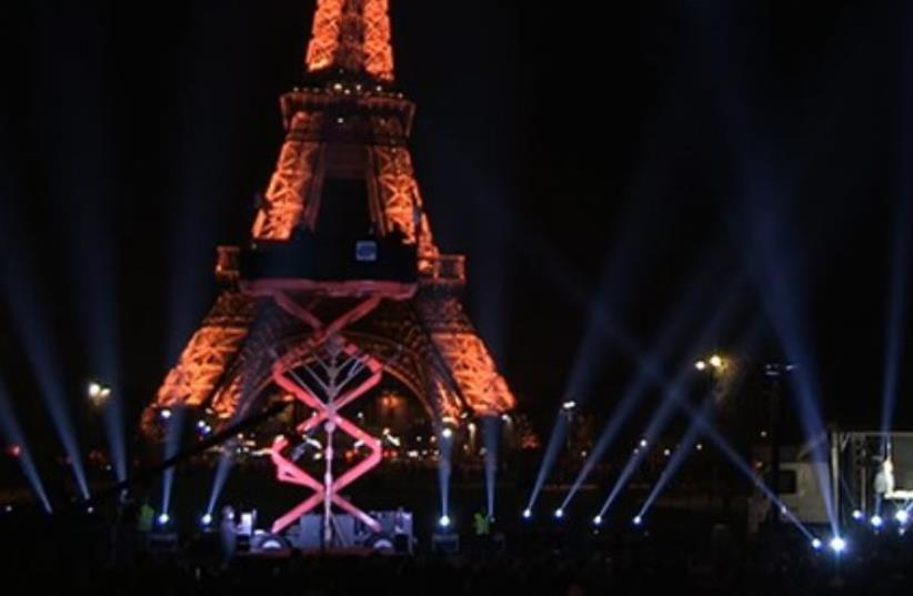 Menorah at base of Eiffel Tower, December 6, 2015 (photo credit: CHABAD.ORG)