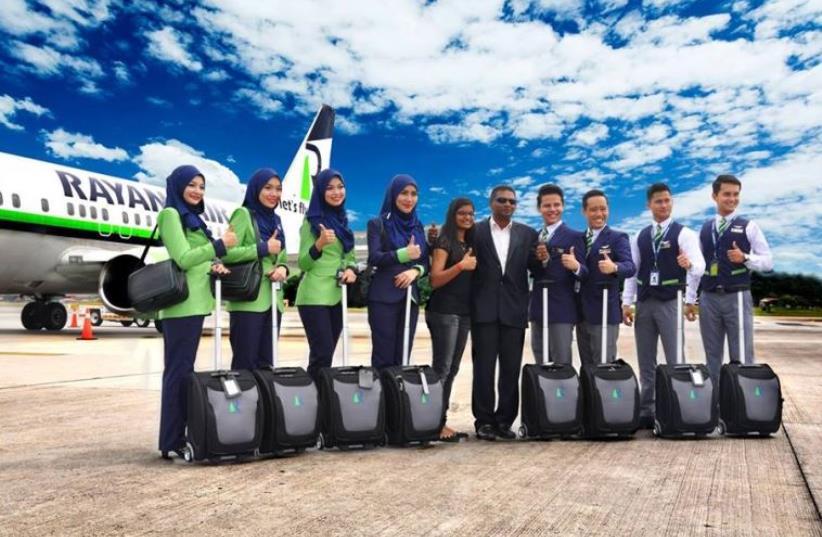 Rayani Air crew. (photo credit: RAYANI AIR FACEBOOK)
