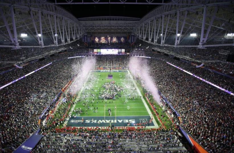 A general view of Super Bowl XLIX at University of Phoenix Stadium in Glendale, Arizona, February 1, 2015 (photo credit: REUTERS)