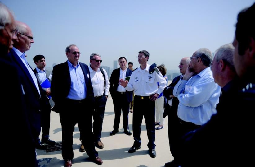 Les membres du HLIMG pendant leur mission (photo credit: DR)