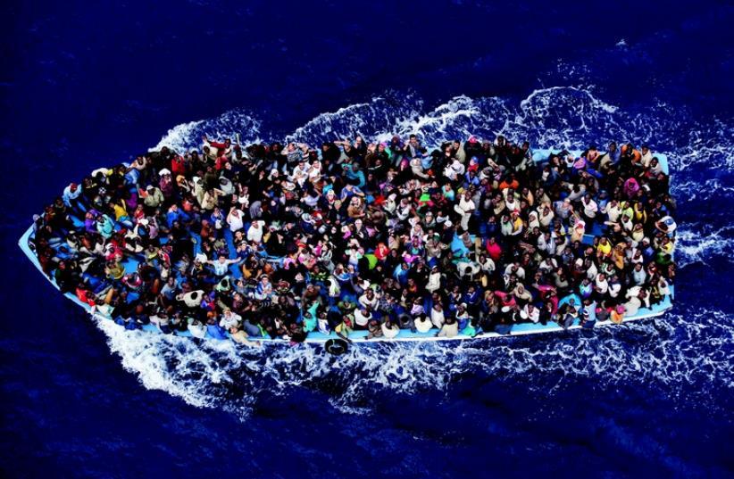 Sauvetage de migrants en Méditerranée (photo credit: DR)