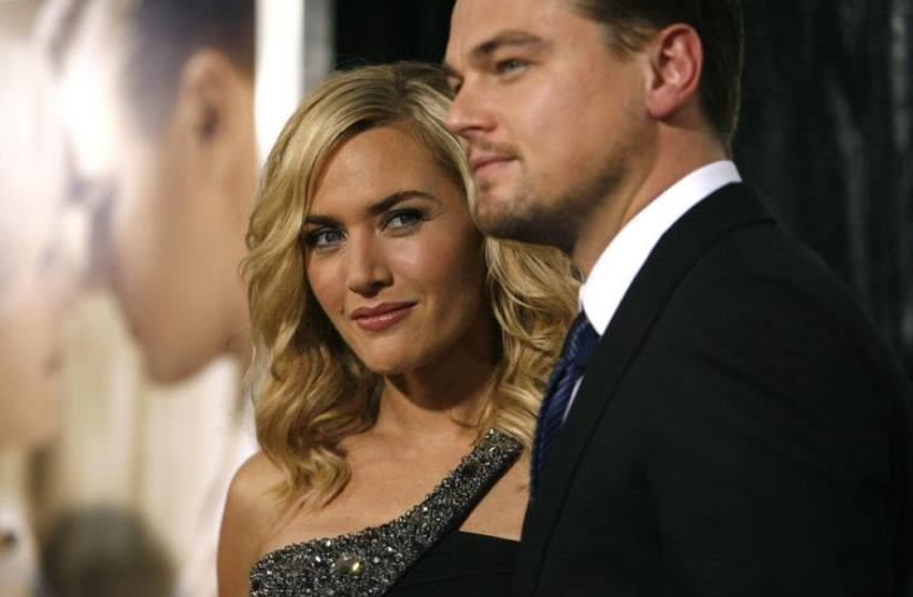 Actors Leonard DiCaprio (R) and Kate Winslet (photo credit: REUTERS)