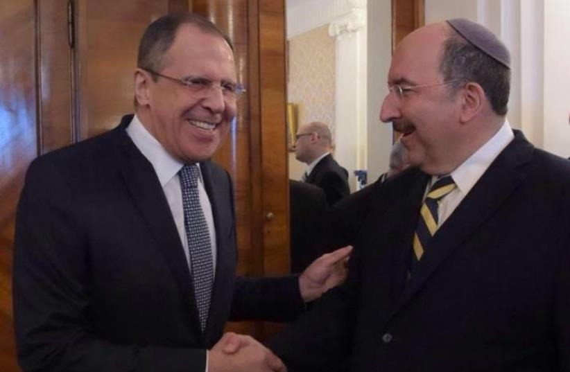 Russia's Foreign Minister Sergei Lavrov (L) attends a meeting with Dore Gold, Director-General of Israel's Ministry of Foreign Affairs, in Moscow, Russia, February 18, 2016 (photo credit: E. PESOV)