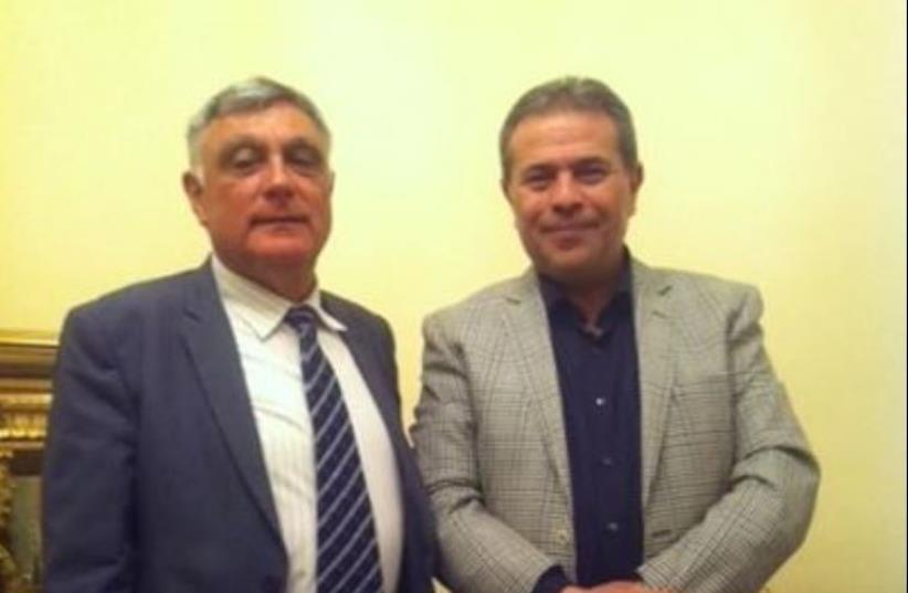 MP Tawfik Okasha (right) hosts Israeli ambassador Haim Koren (photo credit: EGYPTIAN MEDIA)