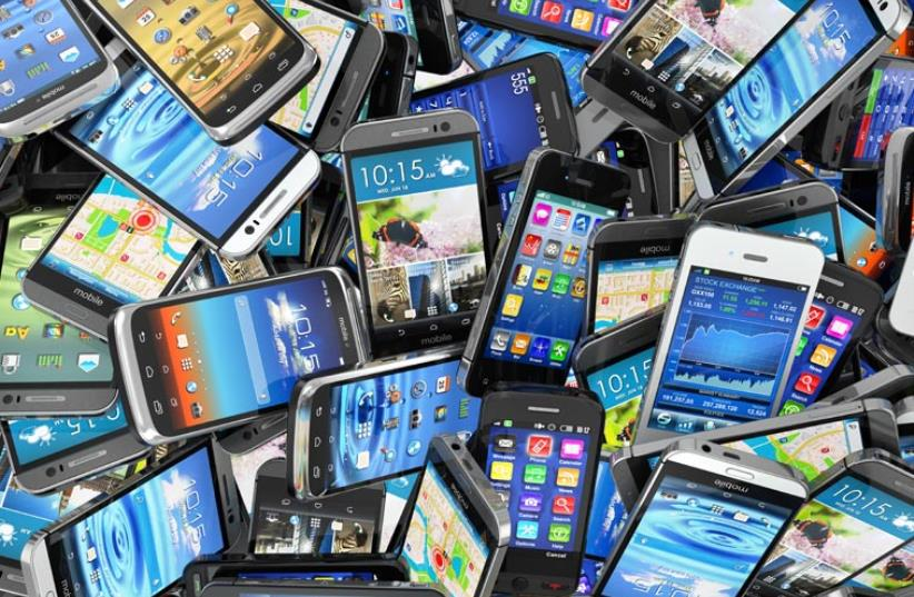 A record year for smartphone sales in Israel (photo credit: ING IMAGE/ASAP)