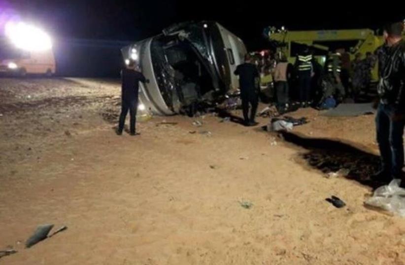 Scene of the fatal bus crash in southern Jordan that killed 14 Palestinians (photo credit: ARAB MEDIA)