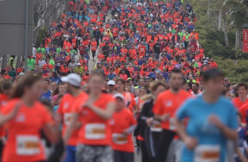 Sixth annual Jerusalem Marathon (photo credit: MARC ISRAEL SELLEM)