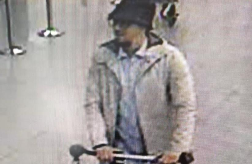 Photo of suspect in Brussels airport attack released by Belgian Police (photo credit: POLICE SPOKESPERSON'S UNIT)