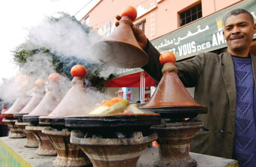 CHICKEN TAJINE is a very popular dish on the streets of Morocco. (photo credit: Wikimedia Commons)