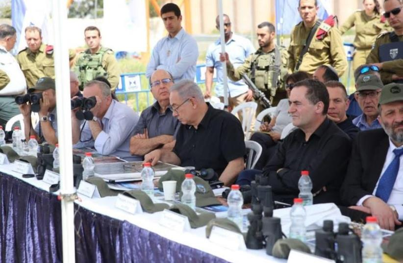 Netanyahu and his security cabinet visit IDF's Judea and Samaria division (photo credit: PRIME MINISTER'S OFFICE)