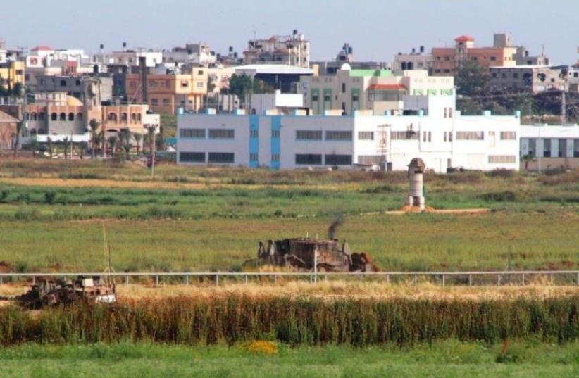 The Gaza border (photo credit: HATZALAH YOSH)