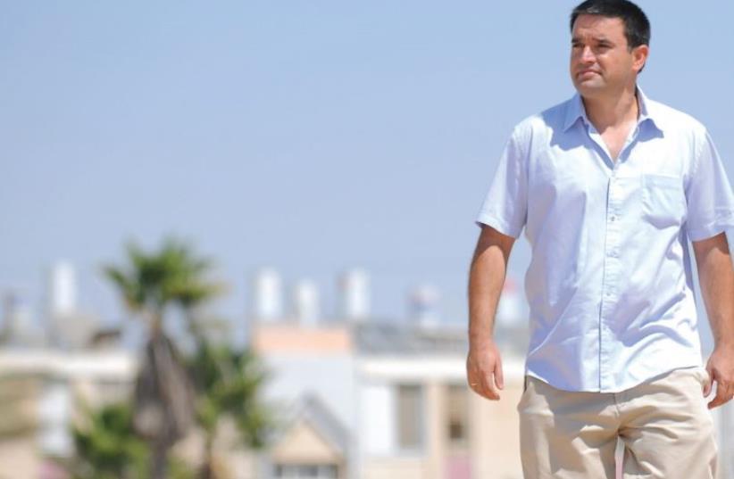 Yerucham Mayor Michael Biton (photo credit: REUVEN CASTRO,MAARIV)