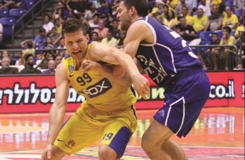 Maccabi Tel Aviv'Gal Mekel (photo credit: ADI AVISHAI)