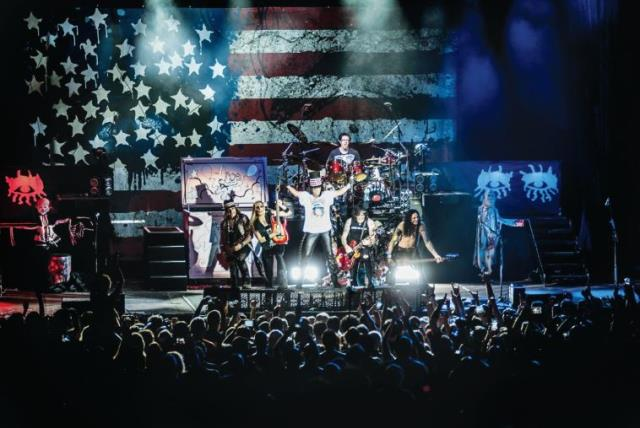 SHOCK-ROCK legend Alice Cooper welcomed local fans into his nightmare with a killer show at the Ra'anana Amphitheater. (photo credit: LIOR KETER)