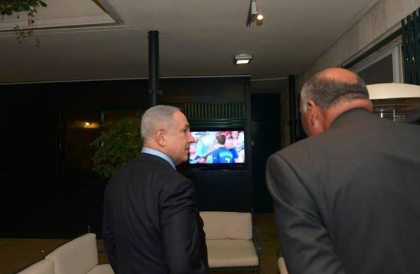 PM Netanyahu with FM Shoukry in Jerusalem (photo credit: TWITTER)