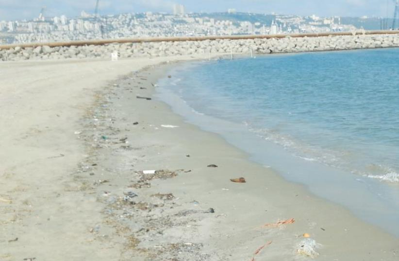 KIRYAT HAIM BEACH, north of Haifa, is seen on July 14. In the survey conducted a few days earlier, it was ranked among the cleanest in the country. (photo credit: YAEL SHAI/ENVIRONMENT MINISTRY)
