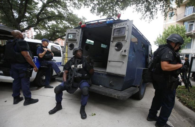 Texas police SWAT team members [File] (photo credit: REUTERS)