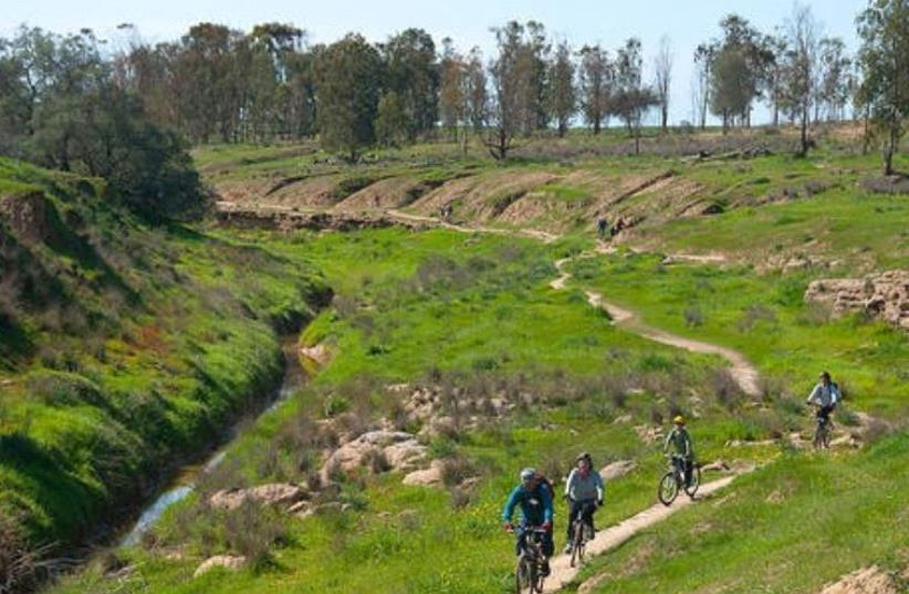 Kibbutz Be'eri Cycling Routes (photo credit: ILAN SAHAM - KKL-JNF PHOTO ARCHIVE)