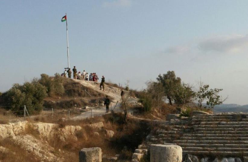 Palestinian flag at the Samaria Regional Park (photo credit: RAFI AVITAL)