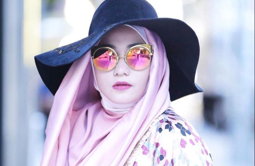 Anniesa Hasibuan brings the hijab to the runway. (photo credit: ANNIESA HASIBUAN/INSTAGRAM)