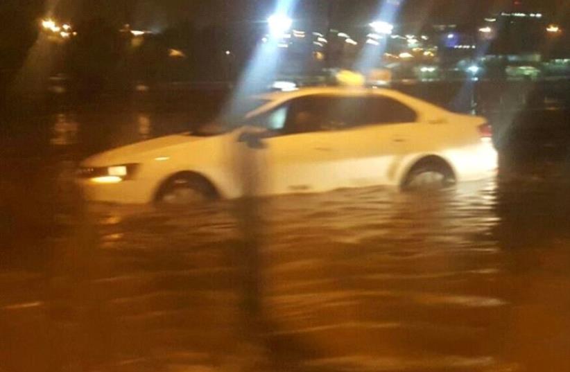 Eilat flooding (photo credit: COURTESY ISRAEL POLICE)