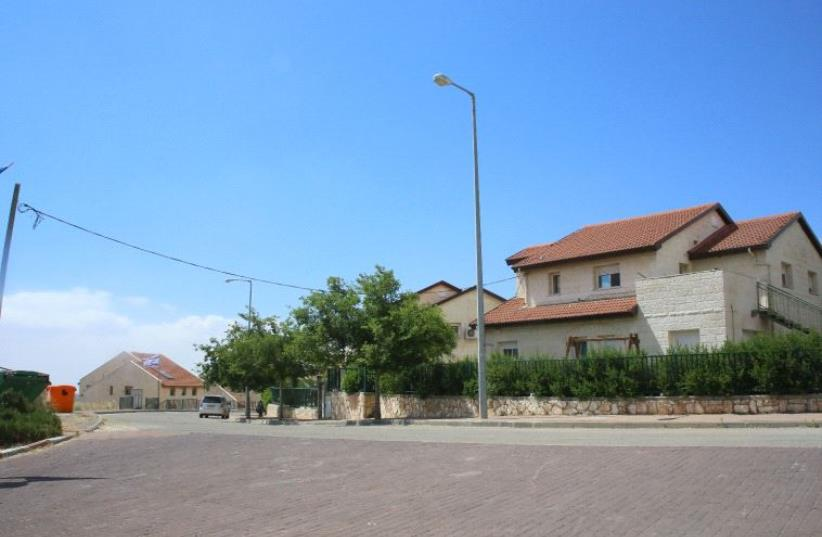 The homes in Ofra that are set for demolition. Photo: Moshe Cohen. (photo credit: MOSHE COHEN)