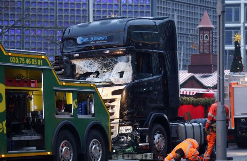Scene of terror attack in Berlin, Dec. 12, 16 (photo credit: REUTERS)