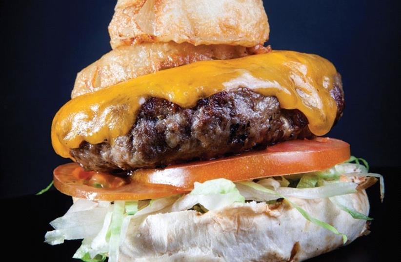 A hamburger from Gordos (photo credit: PR)
